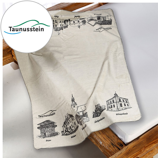 Kuscheldecke Taunusstein-Kolter auf dem Bett