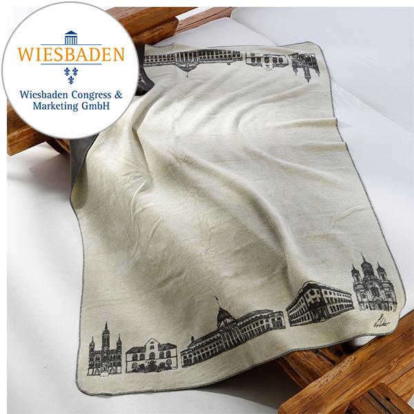 Kuscheldecke Wiesbaden-Kolter auf dem Bett